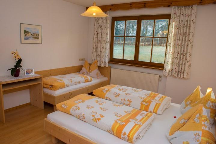 Schlafzimmer Wohnung Enzian