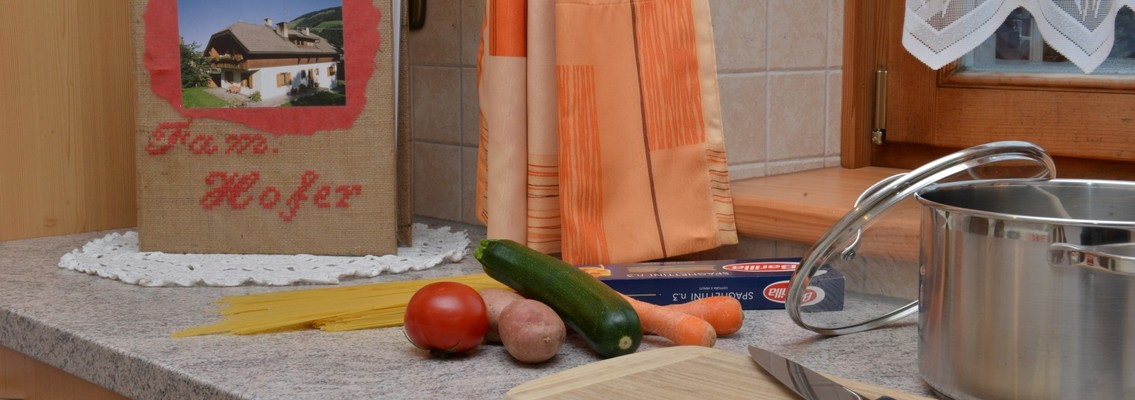 spacious kitchen apartment Alpenrose