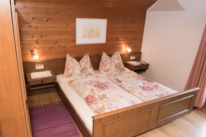 bedroom apartment Stella Alpina